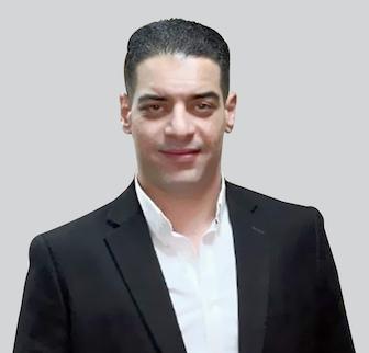 د. احمد خالد استاذ علاج الادمان