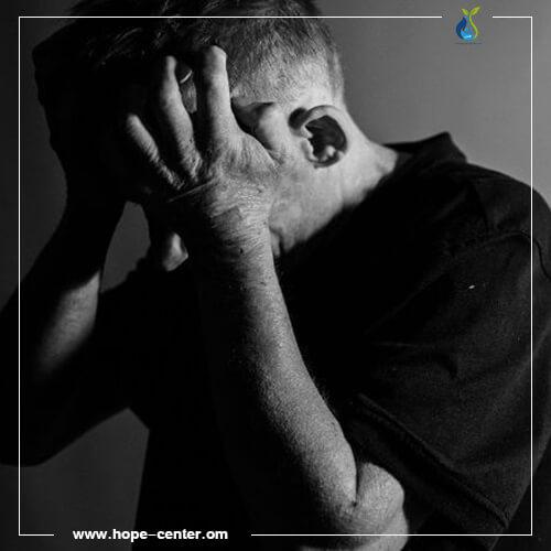 ما هي مخاطر الاكتئاب الحاد؟