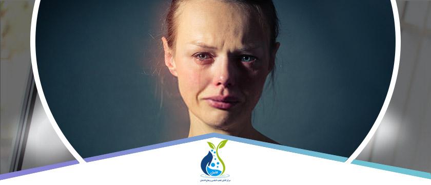اليك اهم أعراض الاكتئاب بالتفصيل الجسدية والنفسية وكيفية علاجها الأمل